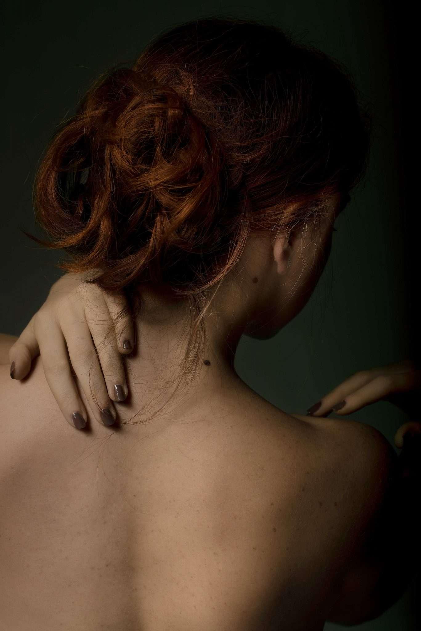 Fotografia ritratto maria capelli rossi realizzata da Barbara Trincone, fotografa ritrattista professionista, esegue servizi di creazione ed ampliamento look book per modelle/i e attori