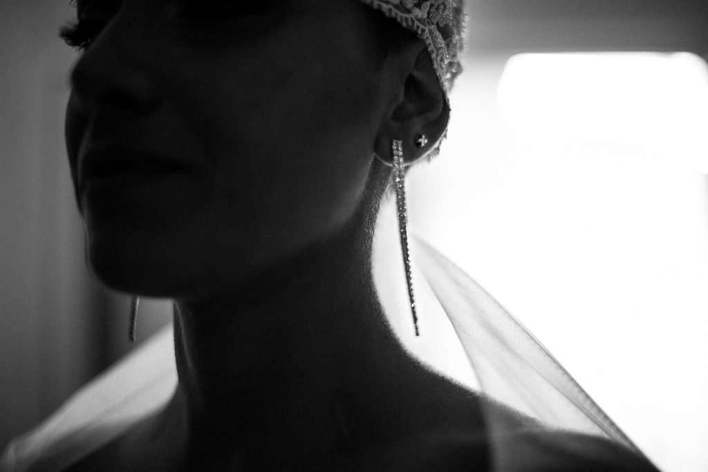 Viso sposa bianco e nero a Napoli