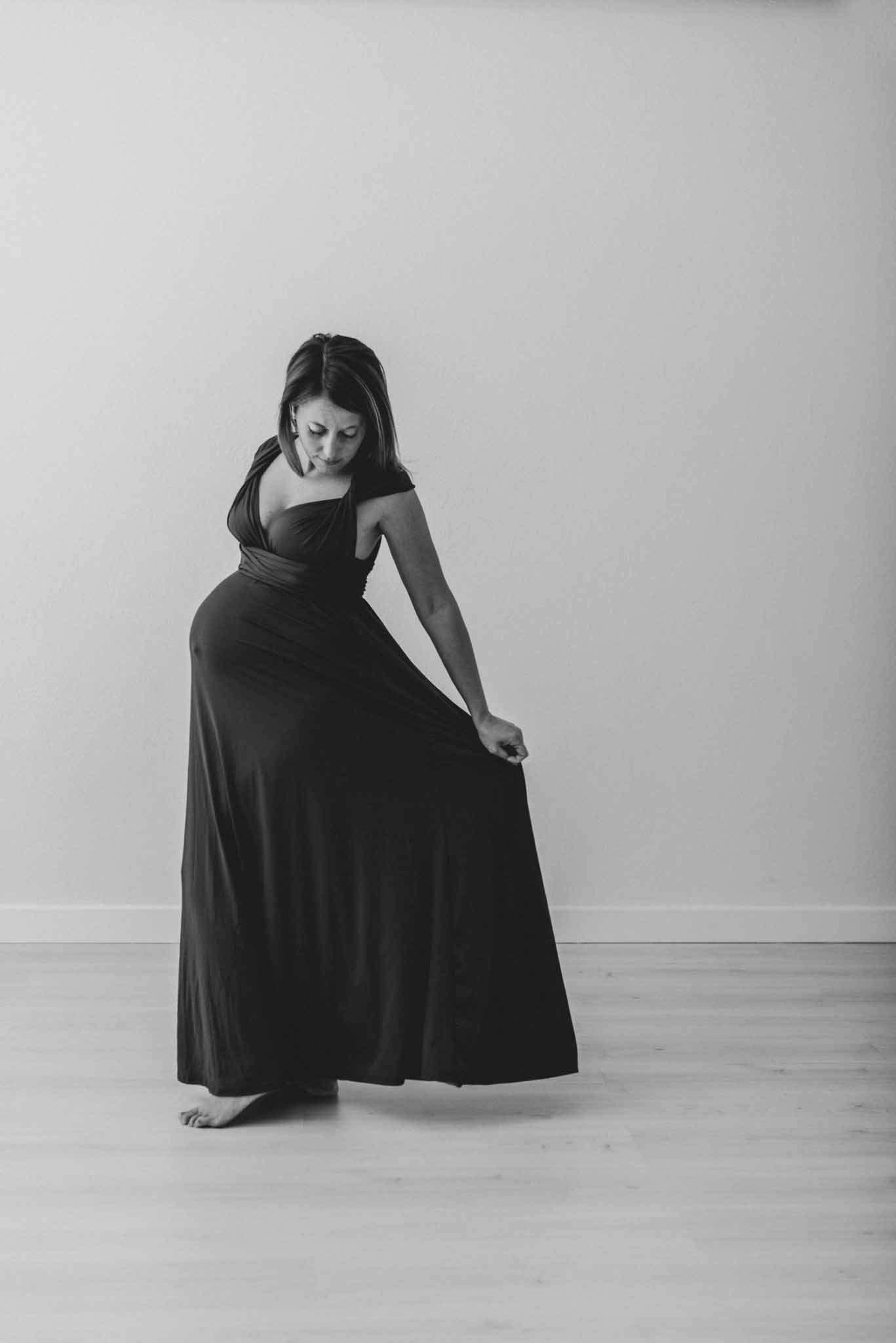 Servizio fotografico gravidanza a Napoli - Fotografia Gravidanza, Maternità e Premaman Napoli in studio e Reportage - Fotografo specializzato in genitorialità, nascita e newborn.