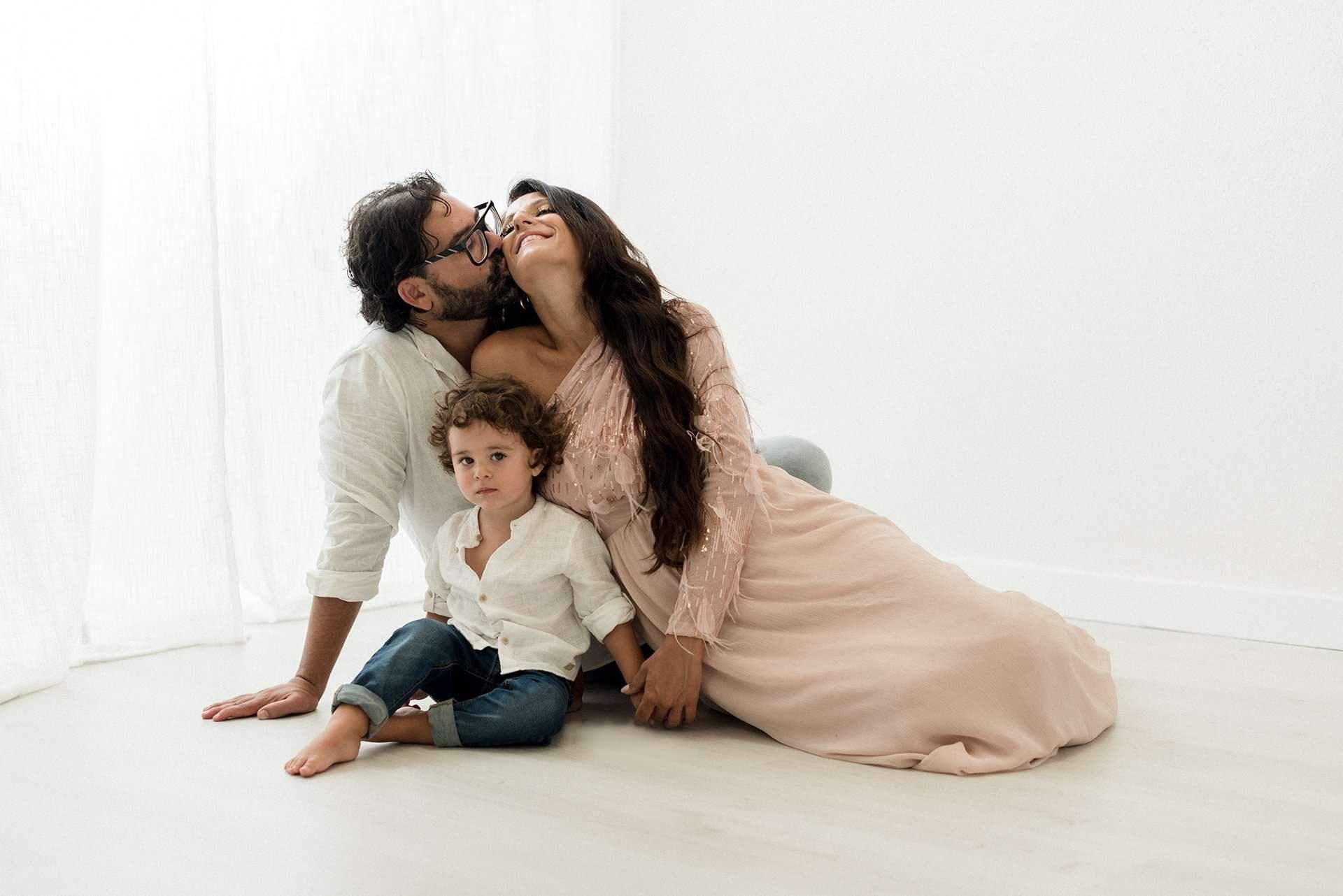 Sessione fotografica ritrtto di famiglia realizzata da Barbara Trincone Fotografo specializzato in Gravidanza, Maternità, Genitorialità, Nascita e Newborn a Napoli