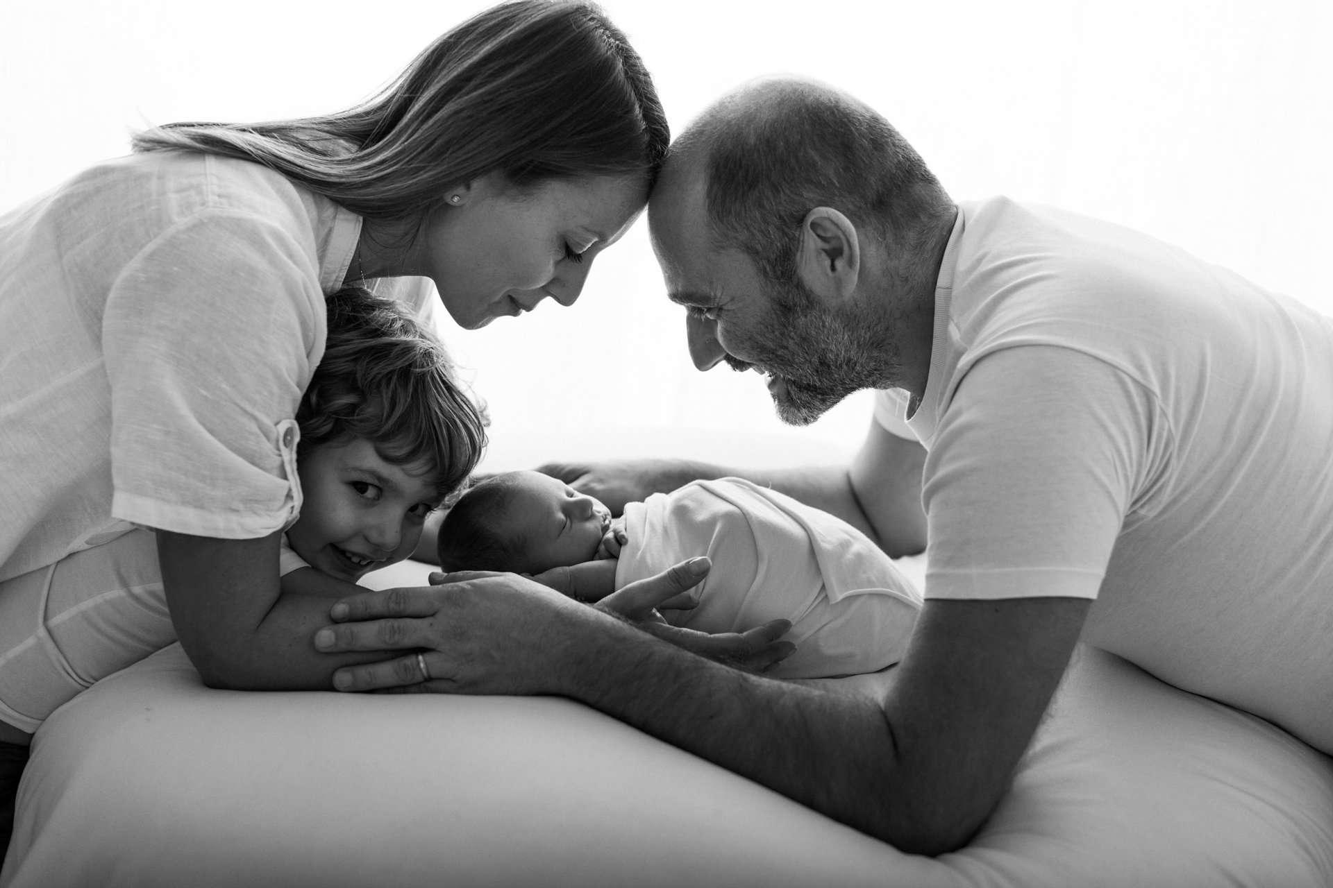 Fotografia famiglia felice italia