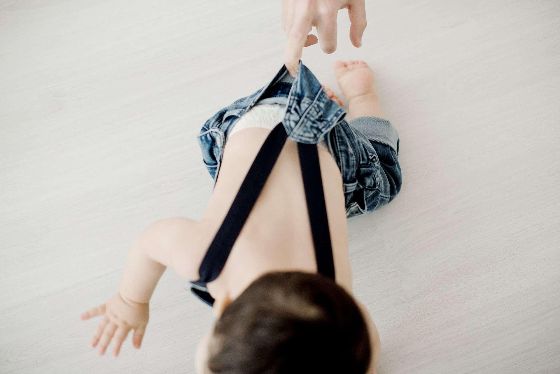 Fotografia di Maurizio che corre realizzata da Barbara Trincone Fotografo specializzato in Gravidanza, Maternità, Genitorialità, Nascita e Newborn