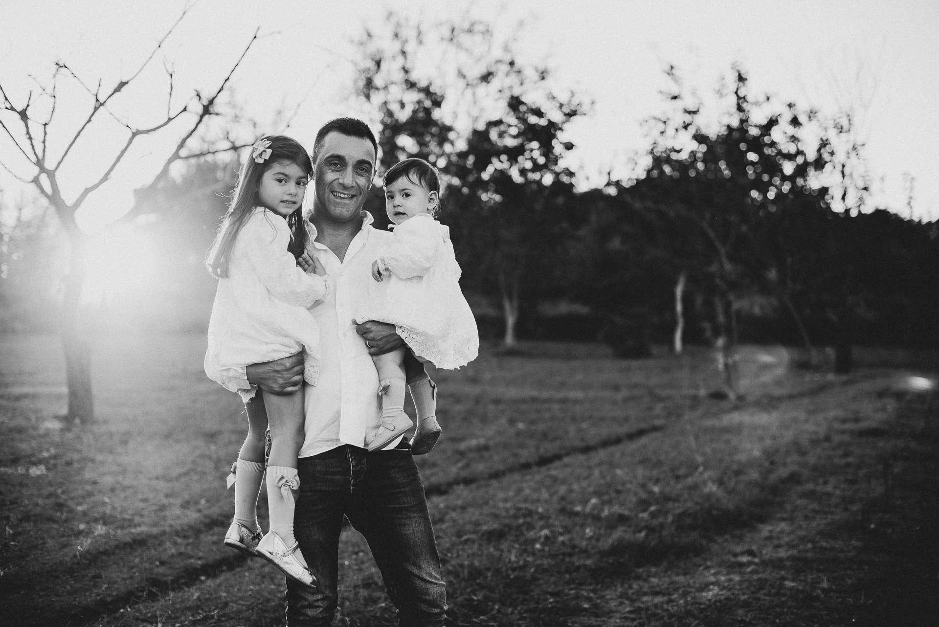 Fotografia padre e figlia al tramonto